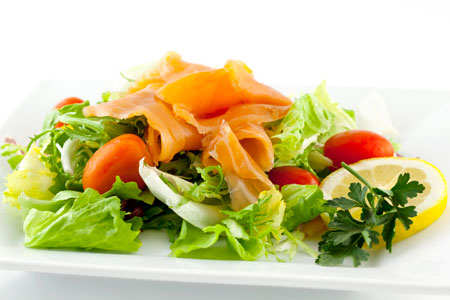 The Perfect 10 Diet Sashimi of Salmon and Avocado Salad
